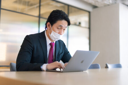 鼻マスク!  時事13